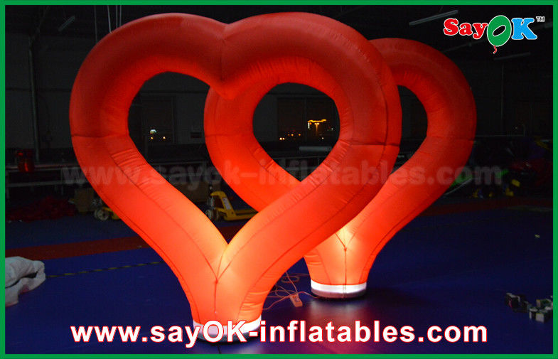 China Wedding Outdoor Inflatable Decorations Red Nylon Inflatable Heart  With LED Light Supplier